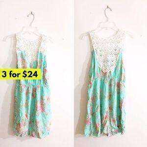 Pastel Floral Dress Lace Shoulder and Back Size M